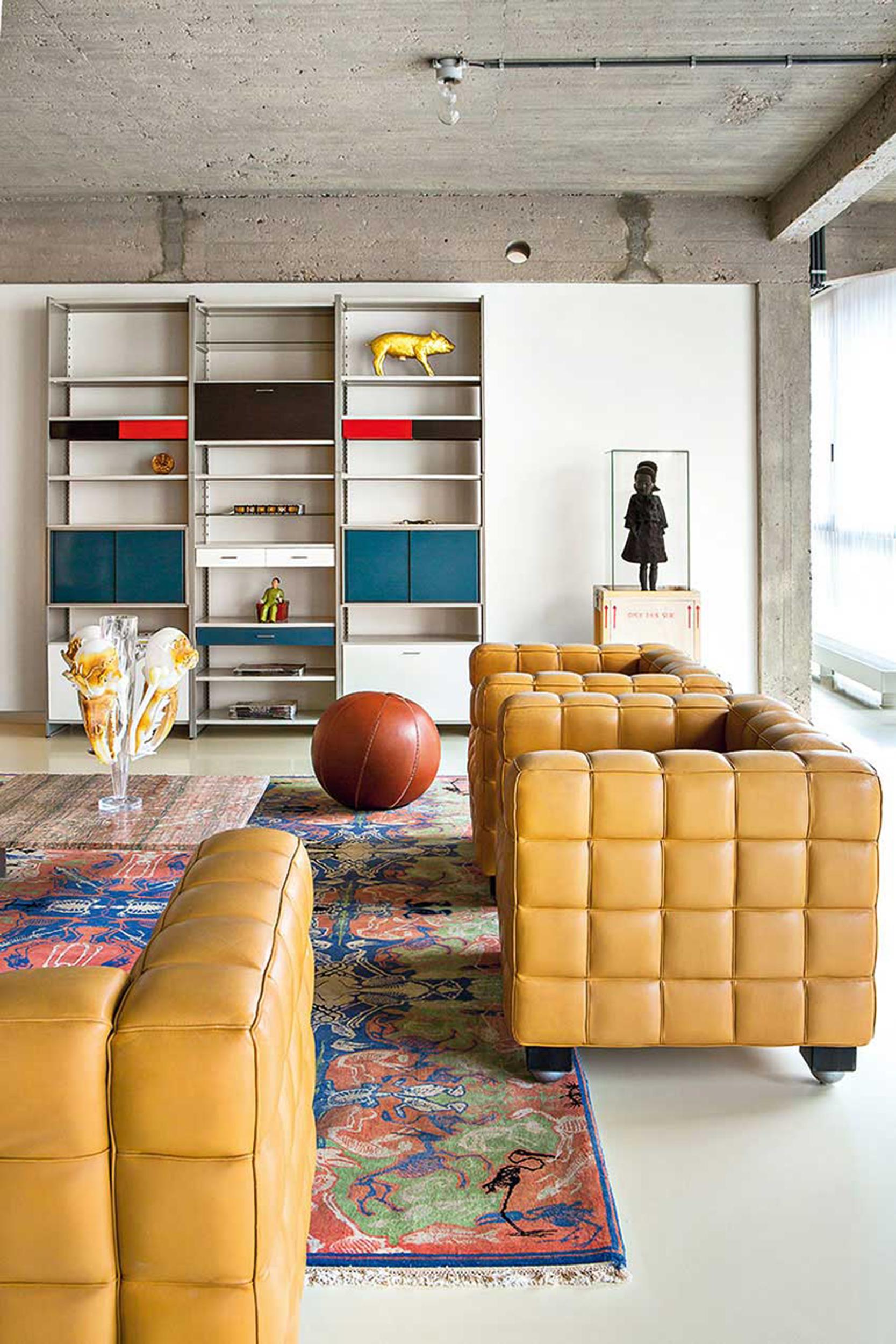 Studio Job 1st floor living 02
