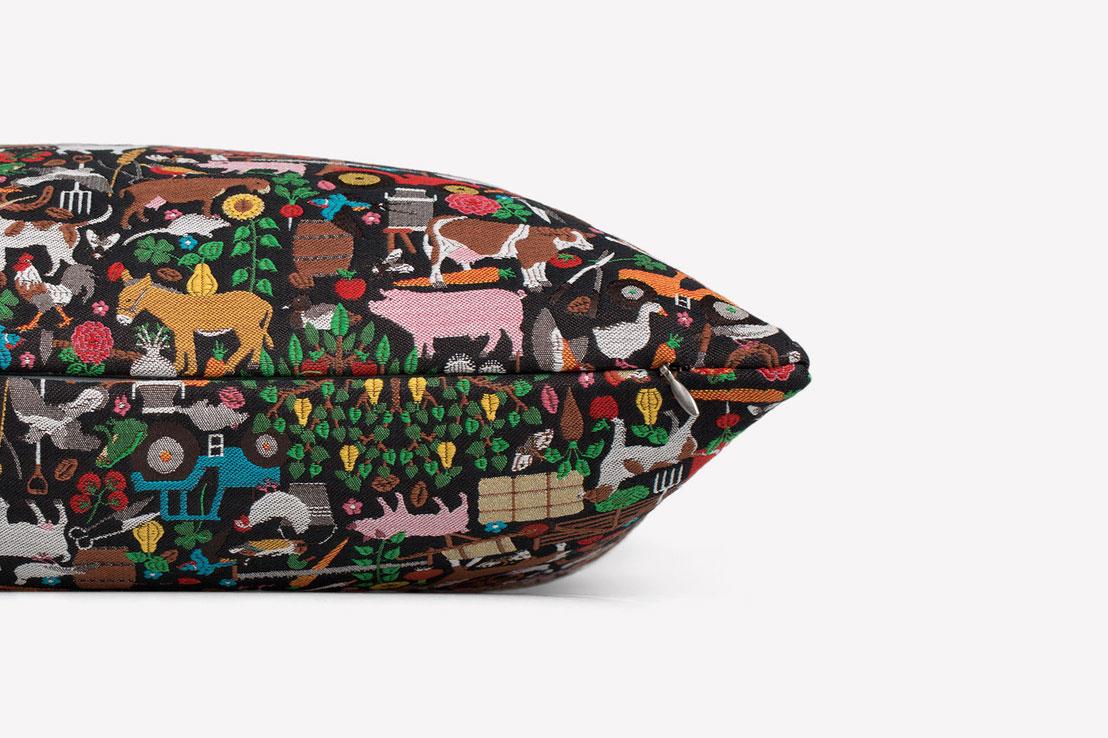 Studio-Job-Maharam-Bavaria-pillow-801064001_side