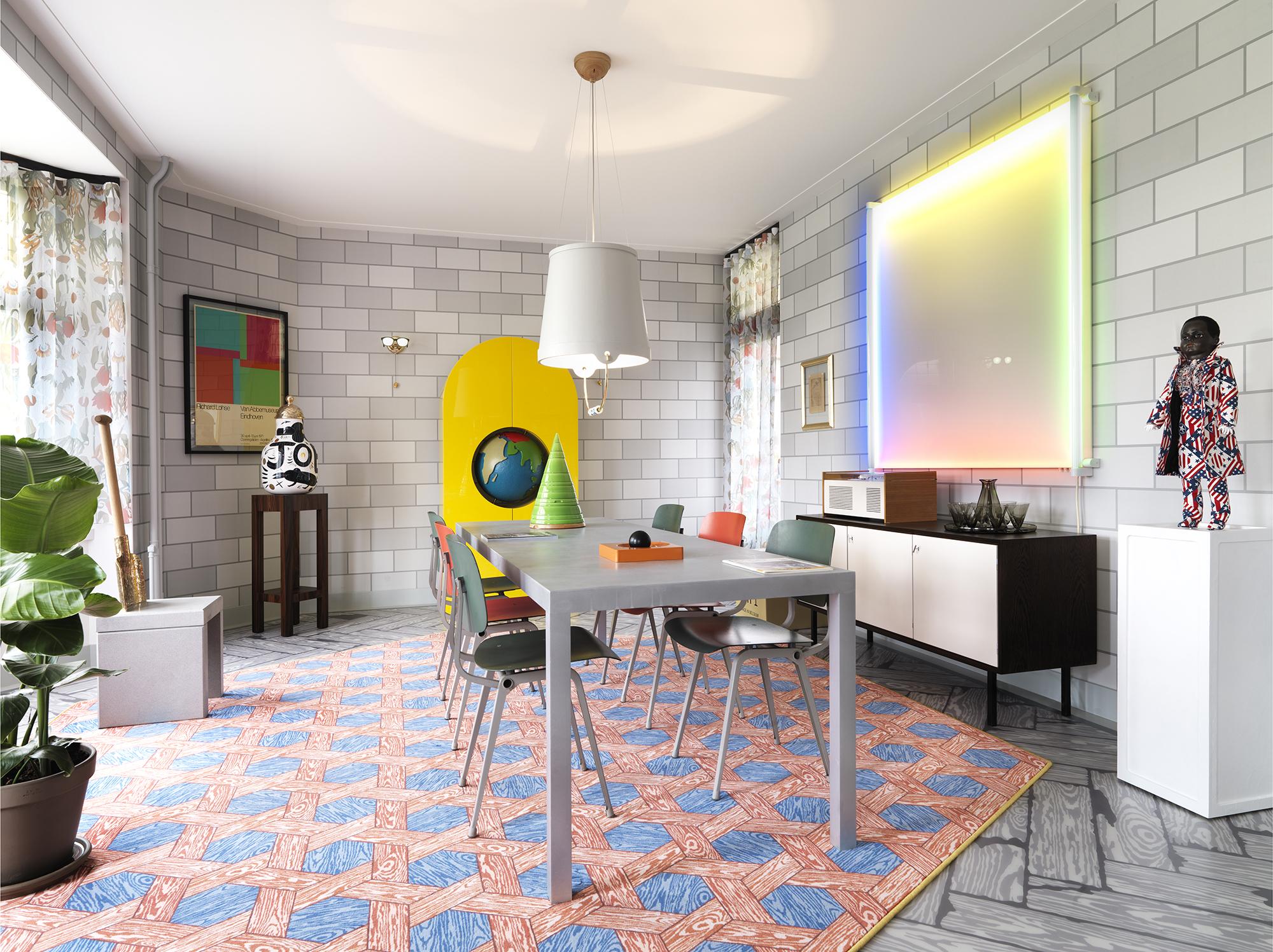 Studio Job Suite 0038