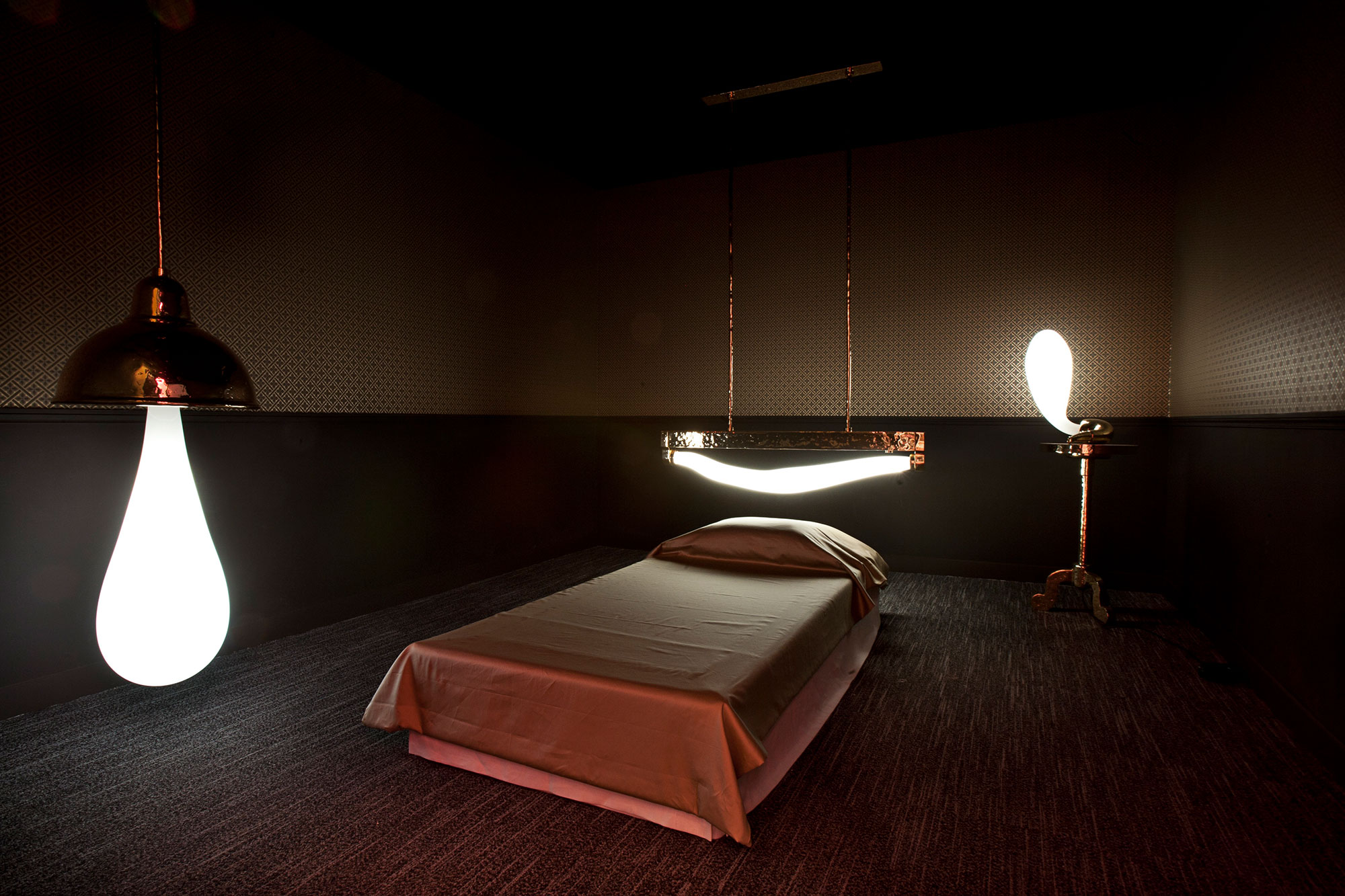 Studio-Job-Wonderlamp-Dreambox-Paris-ph-M&O