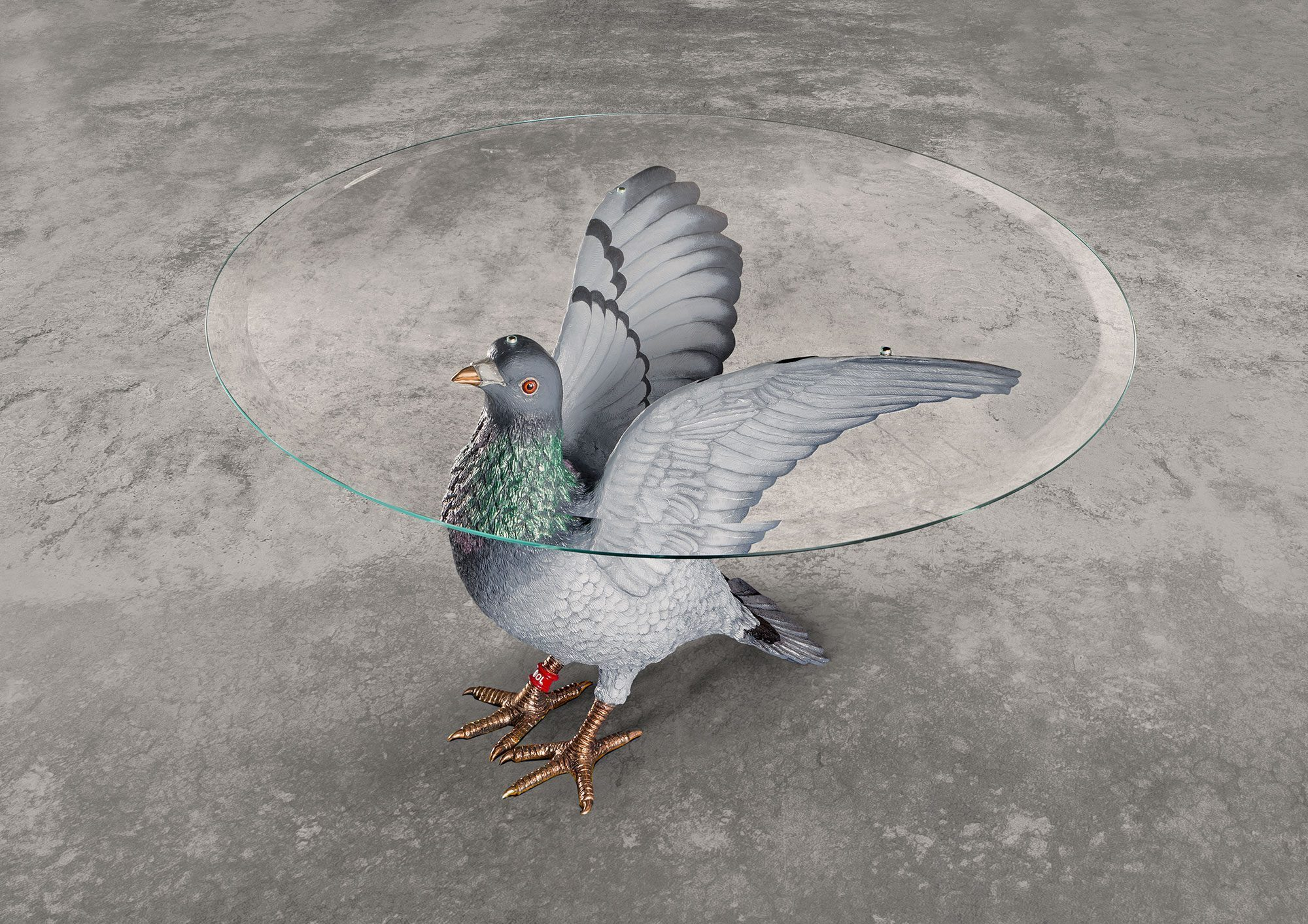 Studio Job Pigeon Tsble