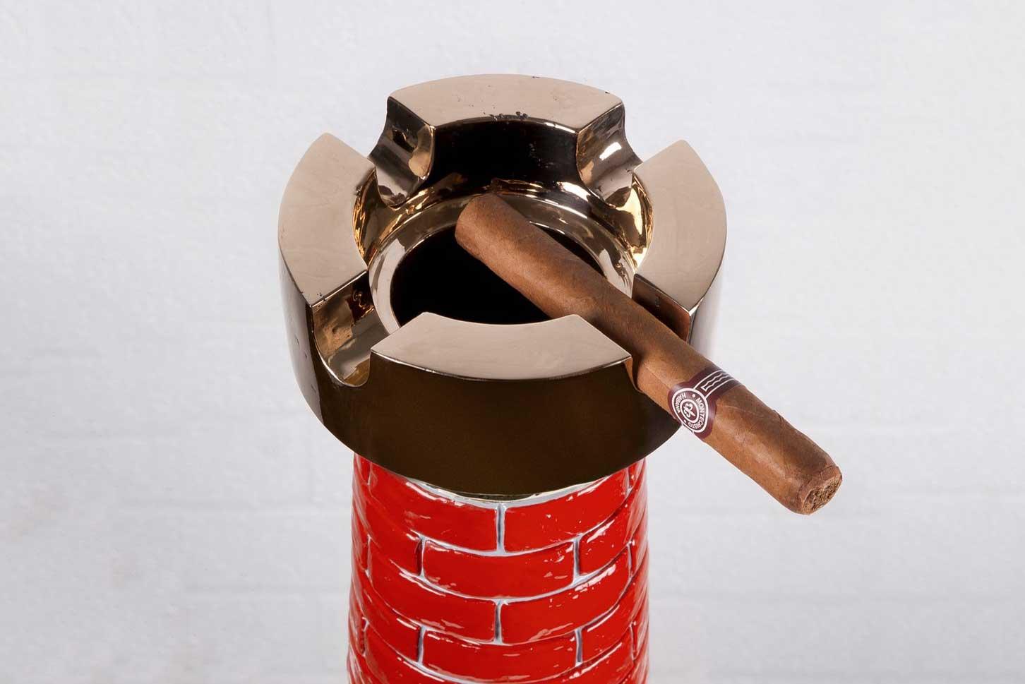 Studio-Job-Chimney-ashtray