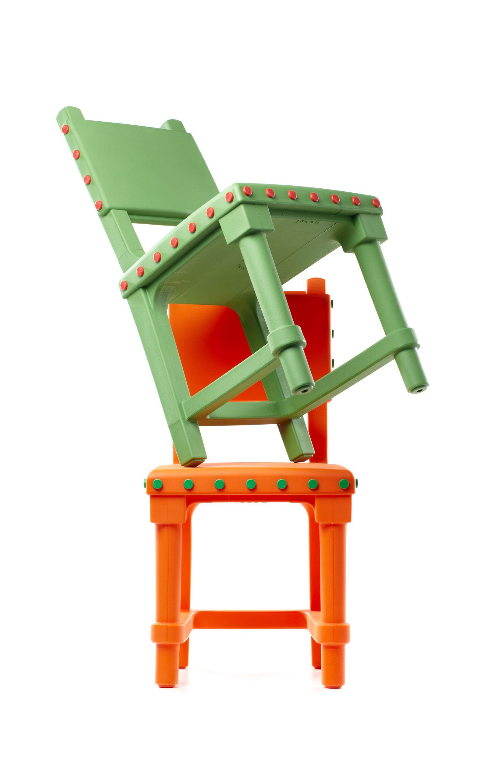 Gothicchair_group_orangegreen_1_moooi_300dpi