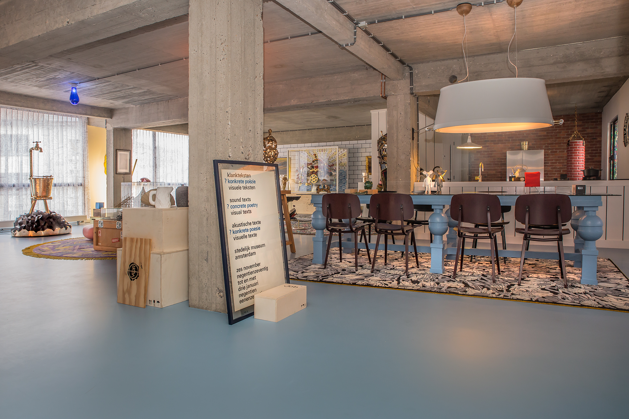 Studio-Job-redesigns-Antwerp-HQ-and-home-with-maximal-impact-Gallery_Dining