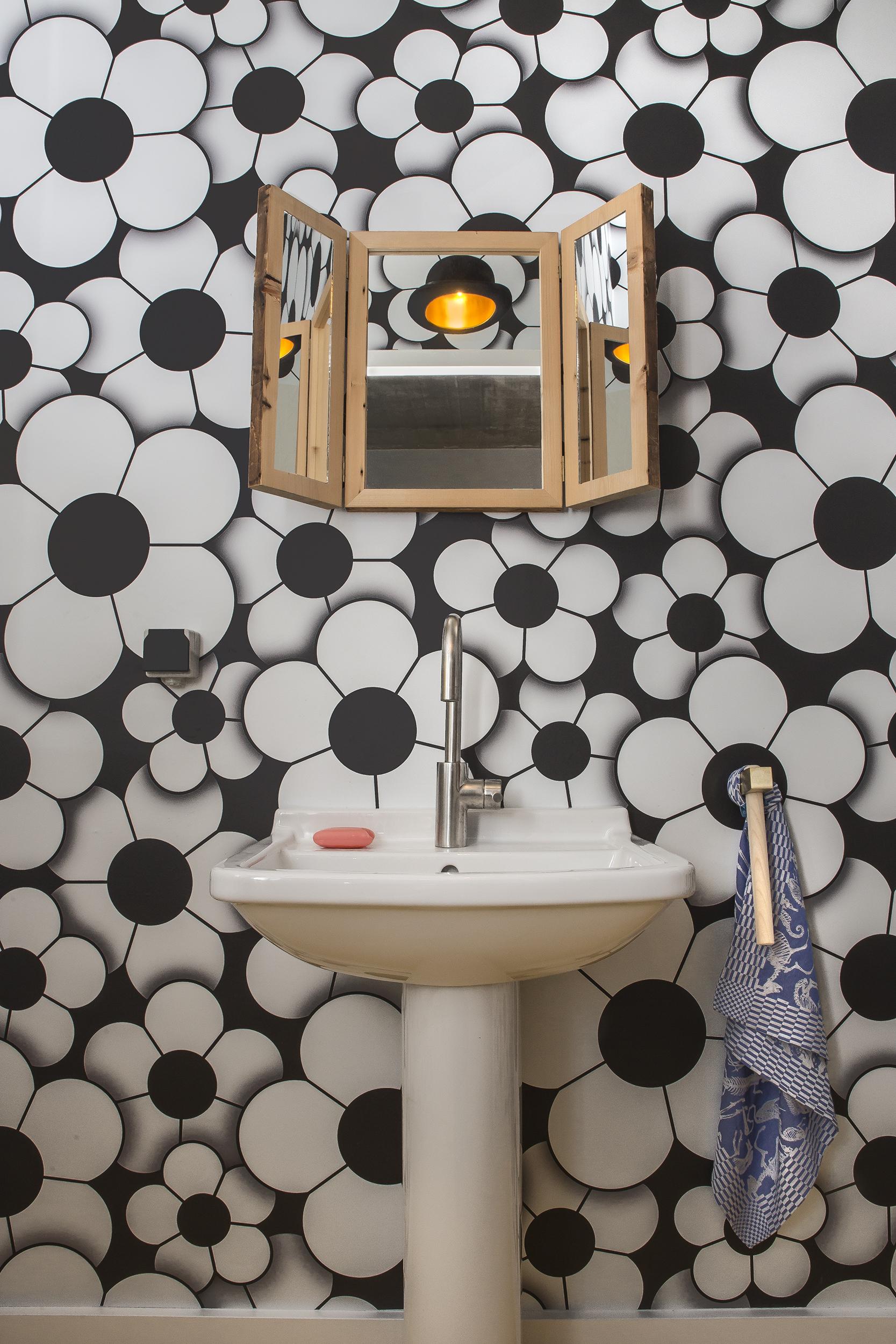StudioJob-HQ-Guest_Bathroom