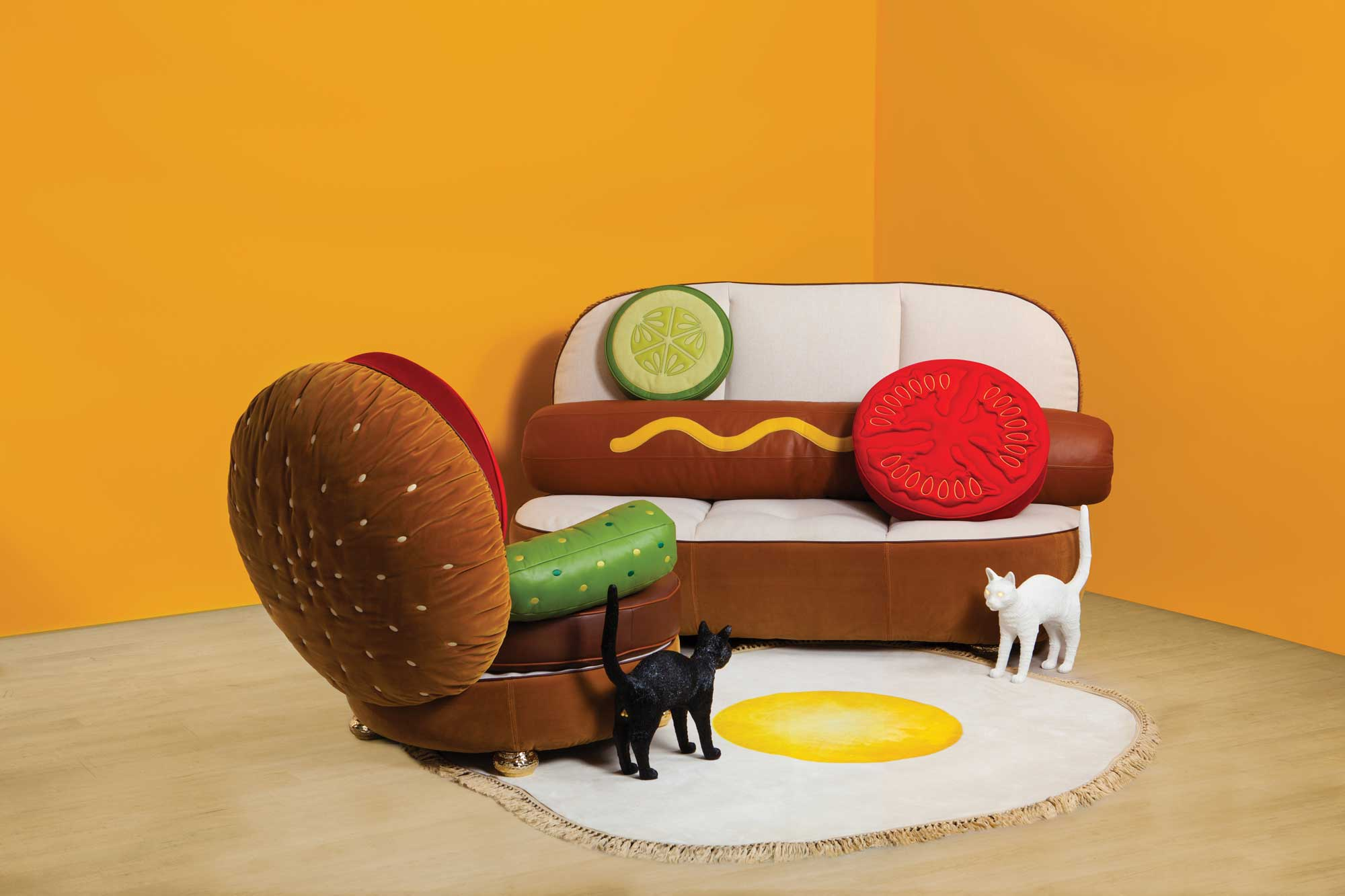 BLOW_Seletti-Hot-dog-Sofa-and-BurgerChair-1