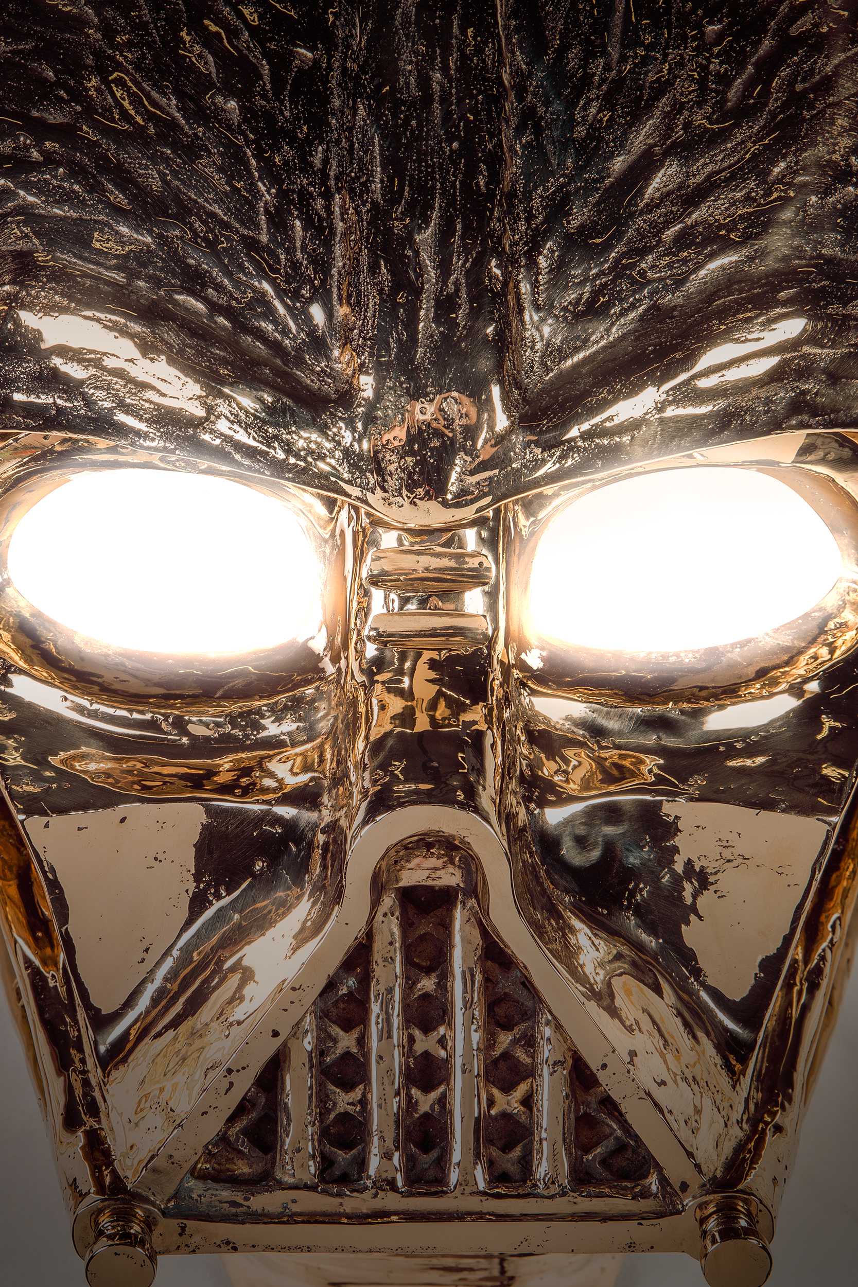Studio-Job-Vaders-Light-detail-1-2021